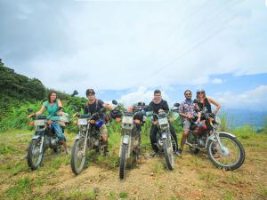 motorbike-Hai-Van-Pass-Viet-Nam
