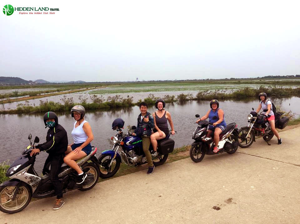 hue-hoi-an-motorbike-tour-hidden-land-travel-4