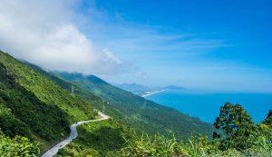 beautiful view of Hai Van Pass Việt Nam